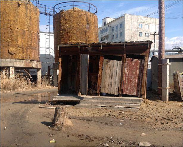 Большая нужда: куда сходить в туалет в Якутске?